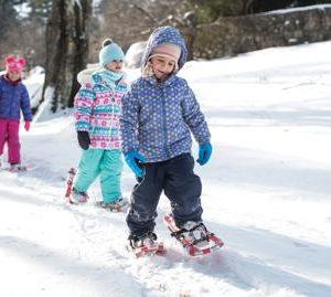sortie famille raquette a neige SAINT LARY